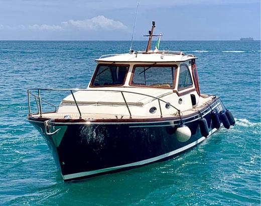 Boat lo Squalo